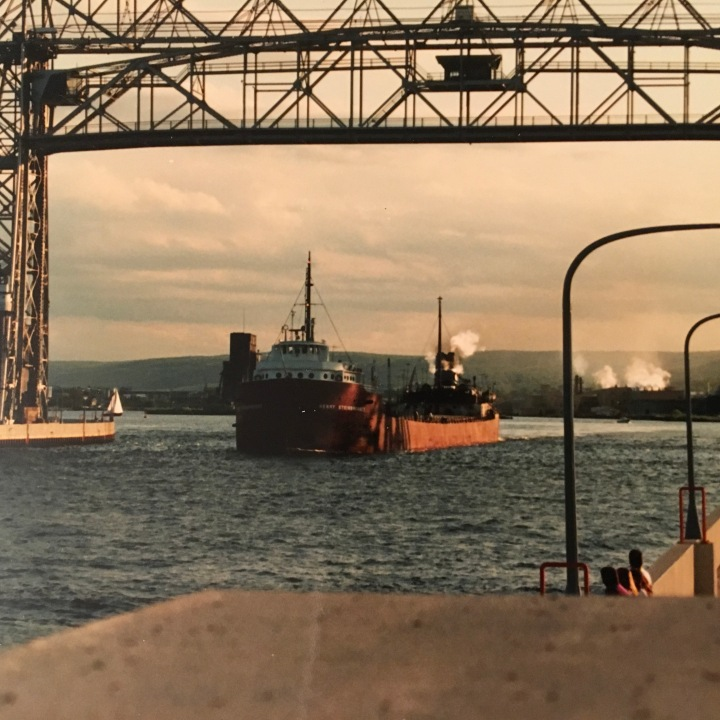 ore boat lift